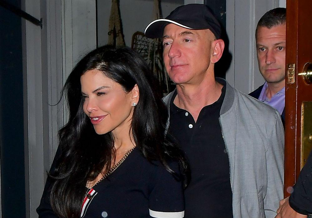 Jeff Bezos And Lauren Sanchez No Longer Laying Low After He Finalizes $38 Billion Divorce