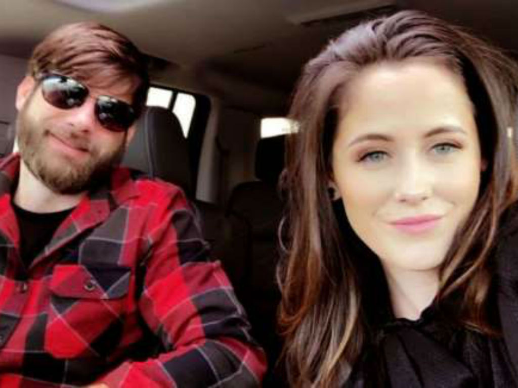 """jenelle-evans-cant-keep-her-story-straight-about-david-eason-killing-her-dog-nugget-what-is-the-truth"""