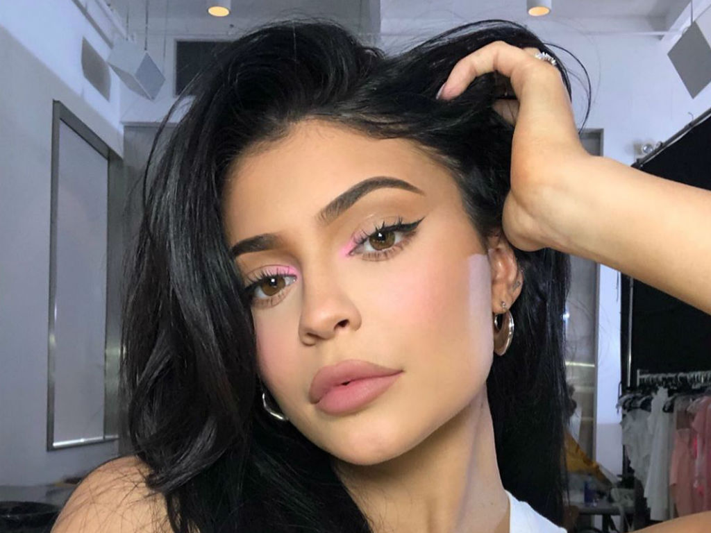 Kylie Jenner Earns A Ridiculous Amount Of Money Per -7901