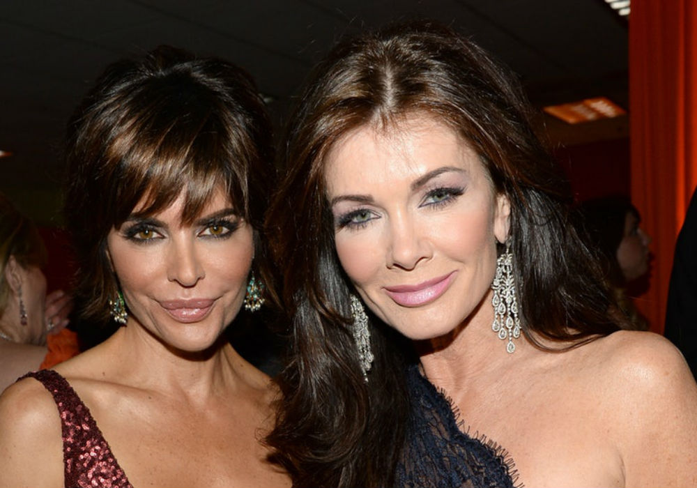 """lisa-rinna-reveals-exactly-what-she-wanted-to-ask-coward-lisa-vanderpump-at-the-rhobh-reunion"""