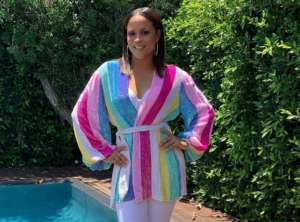 Shaunie O'Neal Shows Off Slim Figure In Poolside Photos, As Shaquille O'Neal Tries To Win Her Back After Public Divorce -- Do 'Basketball Wives' Fans Want Them Back Together?