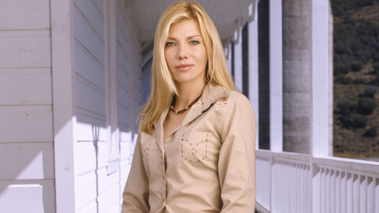 """star-treks-stephanie-niznik-tragically-passes-away-at-52"""