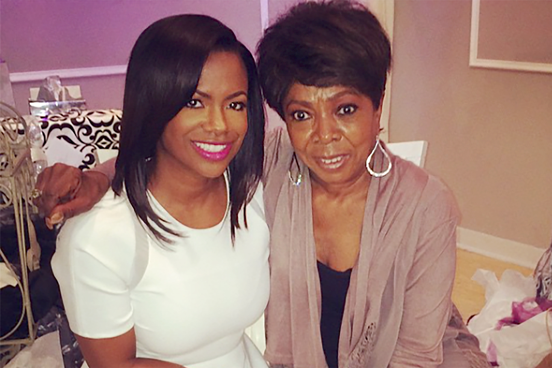 Kandi Burruss Commemorates Mama Sharon And Gets Fans Emotional