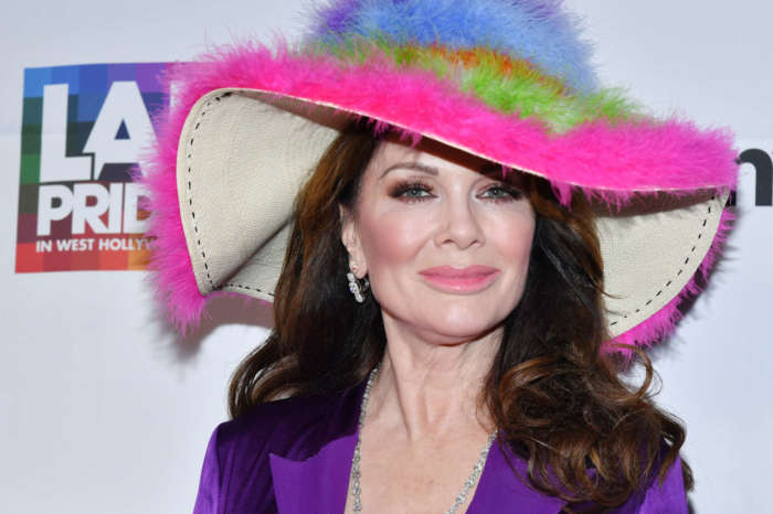 Lisa Vanderpump Defends Herself Against 'Vile Troll' Saying She Let Her Mom 'Rot' In A Nursing Home - Reveals COD
