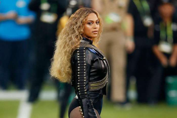 Beyonce's Stunning Picture Lands In The History Books -- Here Is Why Fans Will Have To Wait To See The Result