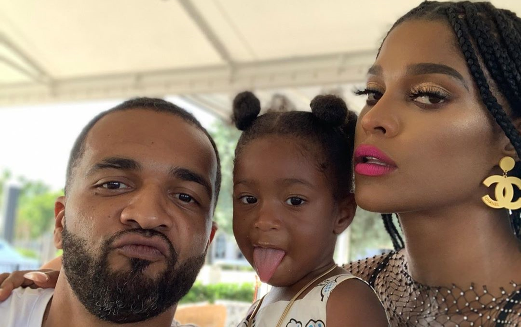 """""""joseline-hernandez-who-might-be-pregnant-and-her-bf-dj-ballistic-share-family-reunion-photo-with-stevie-j-his-wife-faith-evans-and-daughter-bonnie-bella"""""""