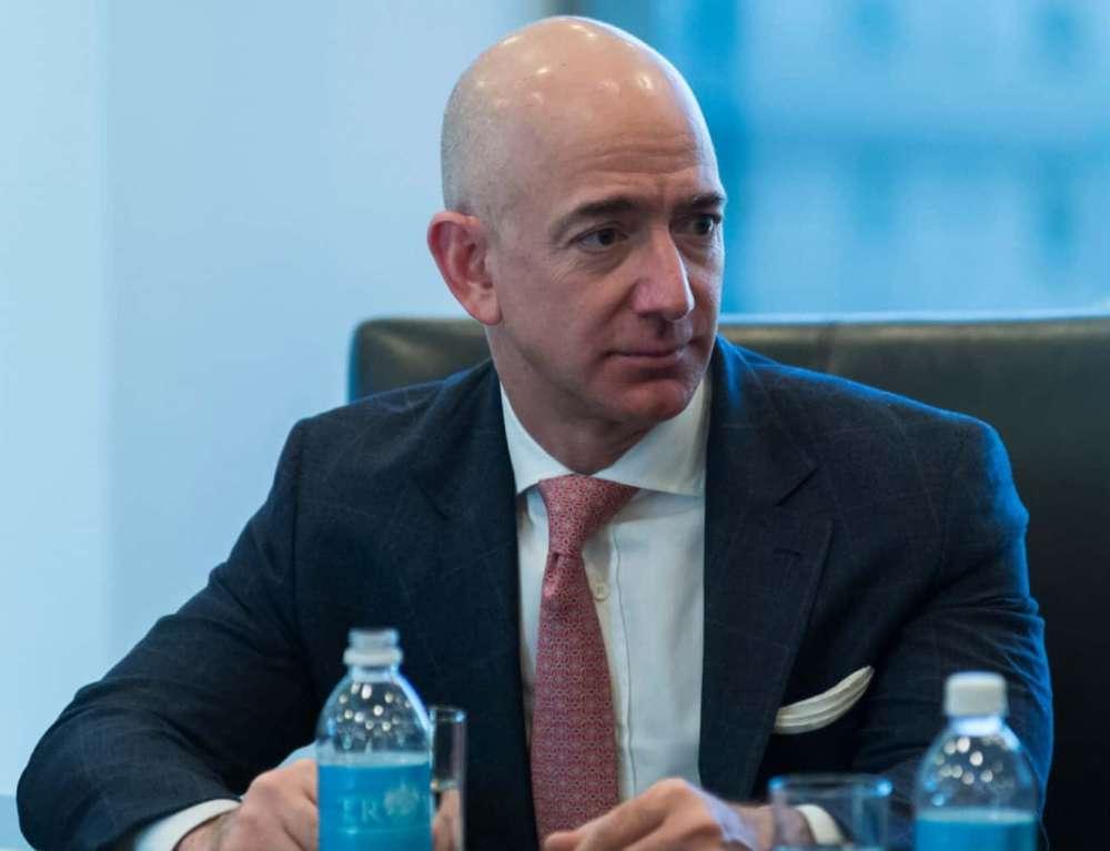 Bezos Sells Amazon Stock Worth $2.8 Billion