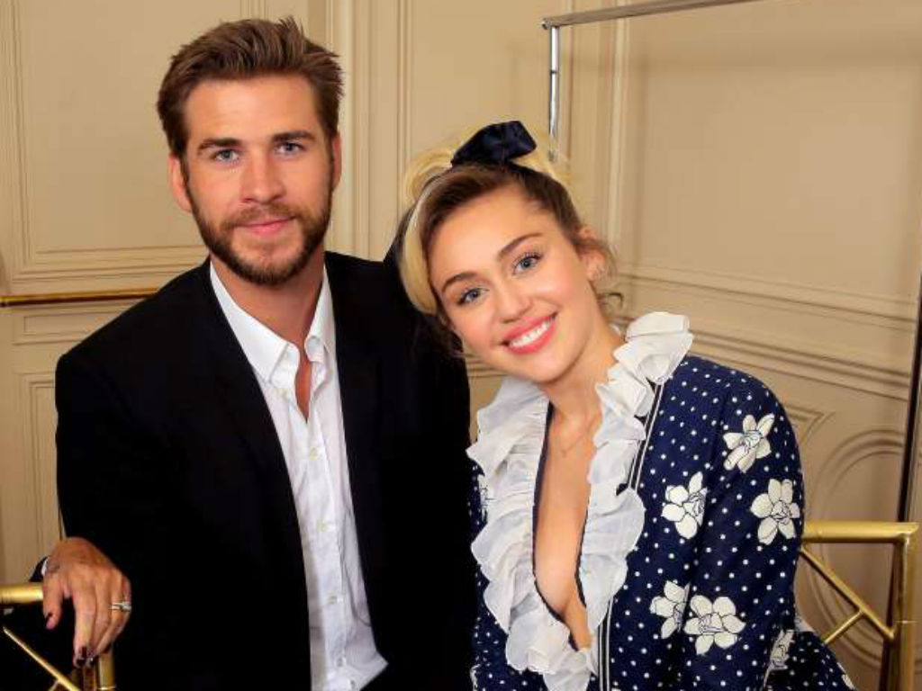 miley and liam split - photo #8