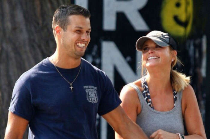 Miranda Lambert Packs On The PDA With Brendan McLoughlin After Playing Mom