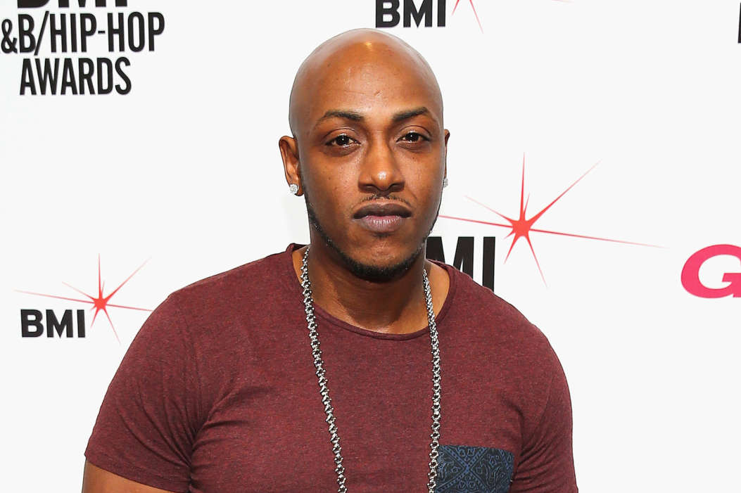 """""""rapper-mystikal-falls-off-stage-in-tampa-florida-cancels-performance"""""""