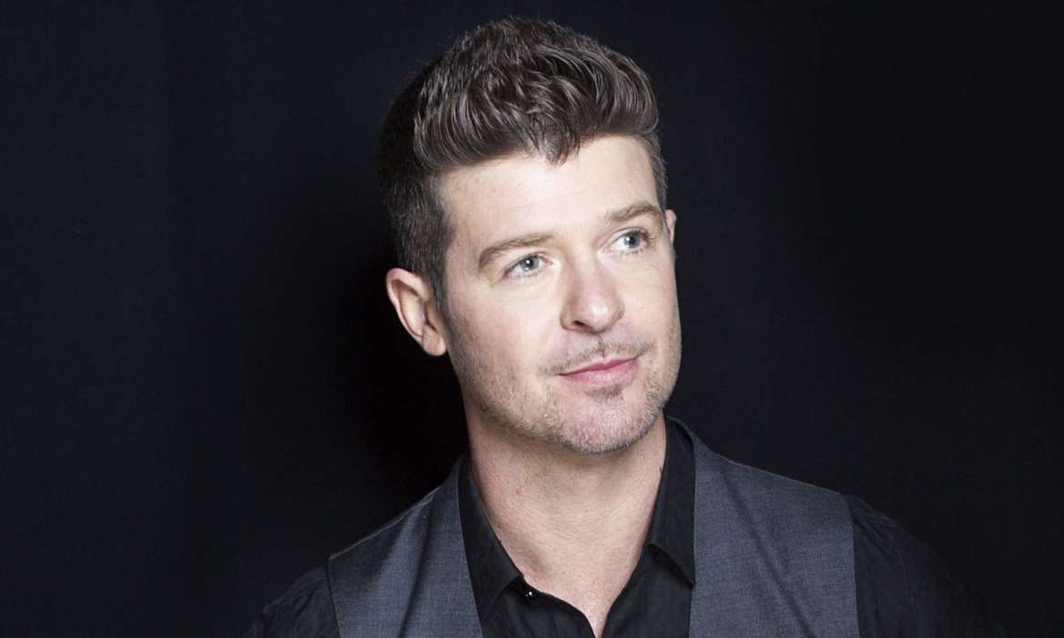 """robin-thicke-reveals-how-he-balances-his-busy-career-with-his-father-life"""