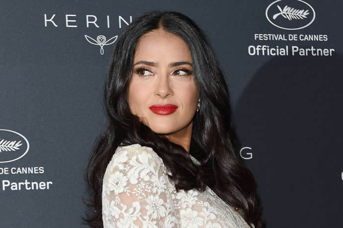 Salma Hayek Shows Off Her Makeup-Free Beauty And Gets Real About Looking 'Old And Ugly!'