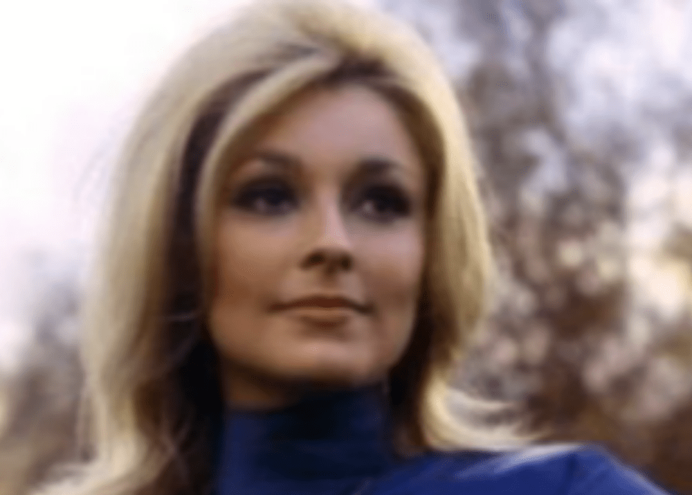 People Are Flocking To Cielo Drive Where Sharon Tate Was Murdered