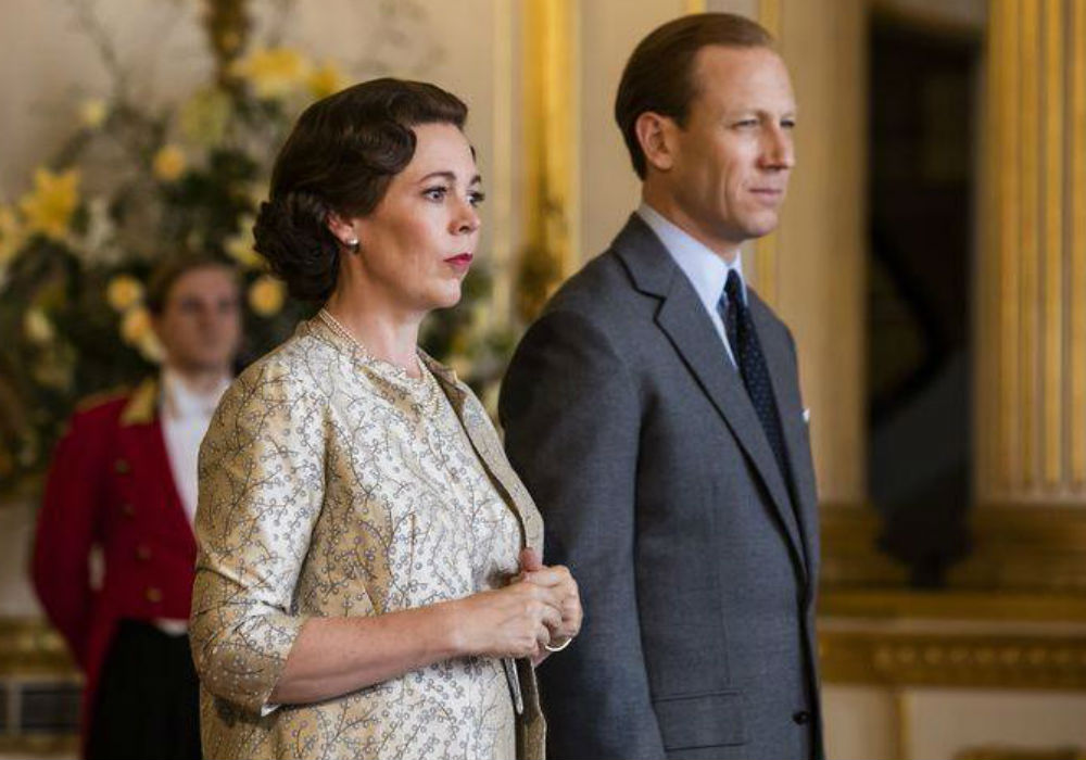'The Crown' Season 3_ Get Your First Look At Olivia Coleman's Queen Elizabeth