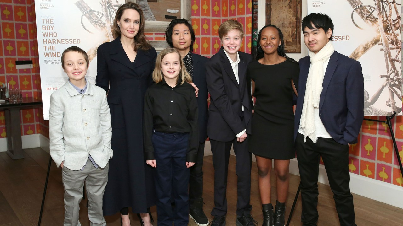 Brad Pitt And Angelina Jolie's Kids Closer Than Ever After ...