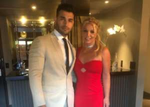 Britney Spears Opens Up About Feeling Lonely, Never Knowing Who To Trust— Sam Asghari Supports Her, Talks Cyberbullying