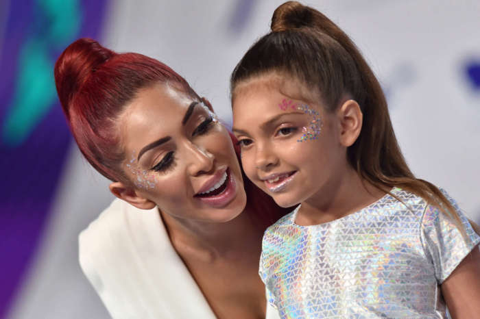Farrah Abraham Explains Why It's Perfectly Fine For Her 10-Year-Old Daughter To Wear Makeup Despite Mom-Shamers Arguing The Opposite
