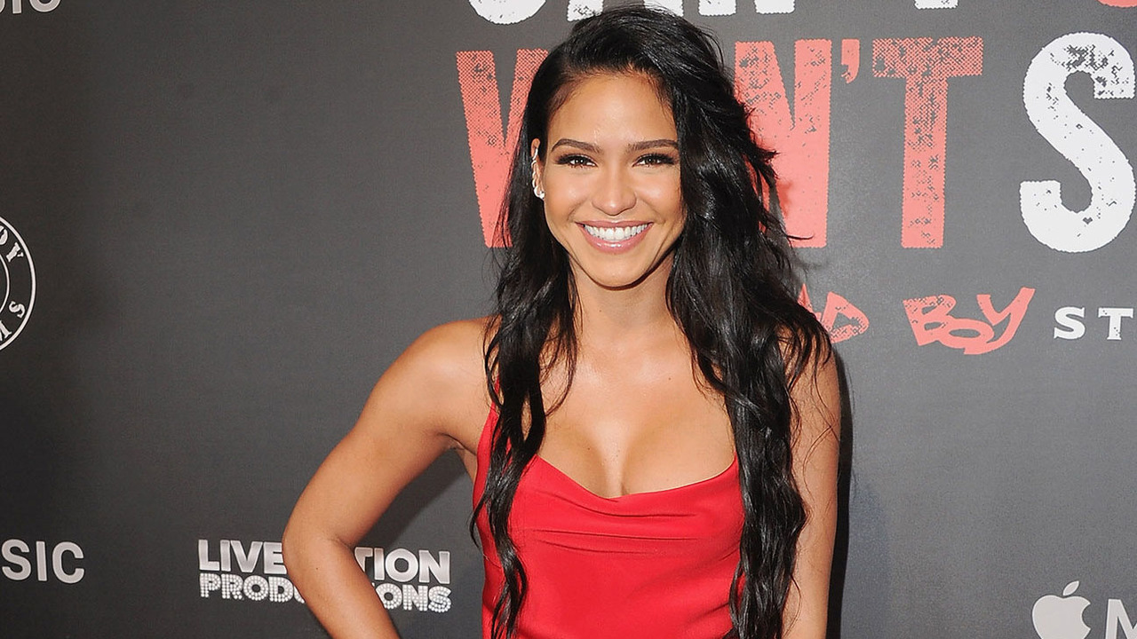Cassie Shows Off Her Baby Bump On Her Birthday And Fans Say She Deserves This