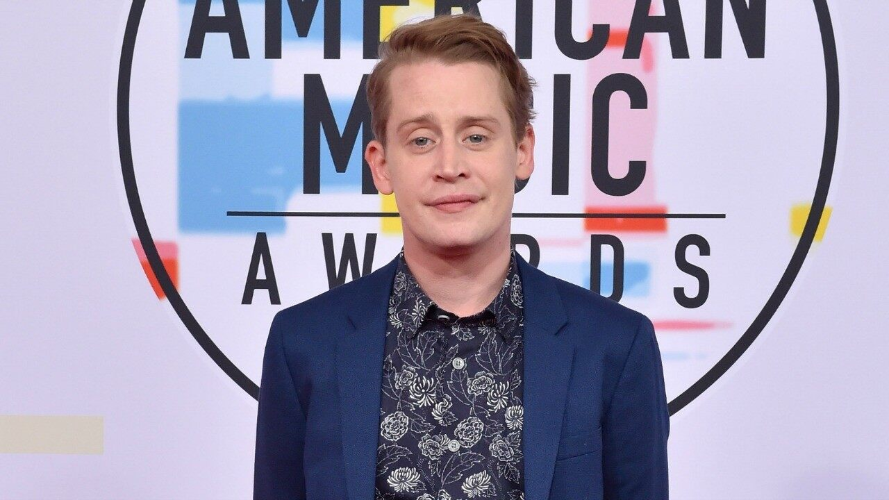 """""""macaulay-culkin-hilariously-reacts-to-the-upcoming-home-alone-reboot"""""""