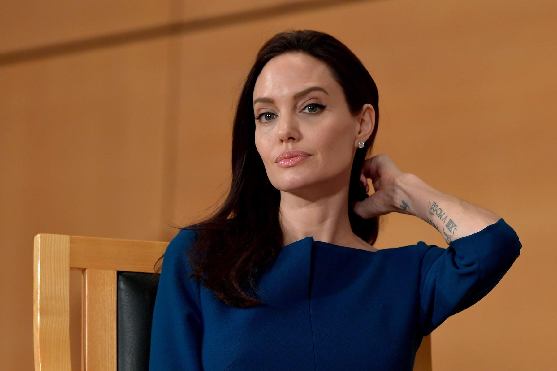 Angelina Jolie Maddox Jolie-Pitt South Korea