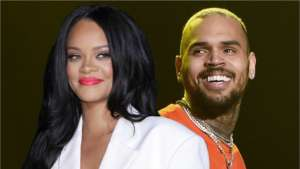 Chris Brown Would Dump Any Woman For Rihanna If She Took Him Back - He Never Lost His Feelings For Her, Source Says