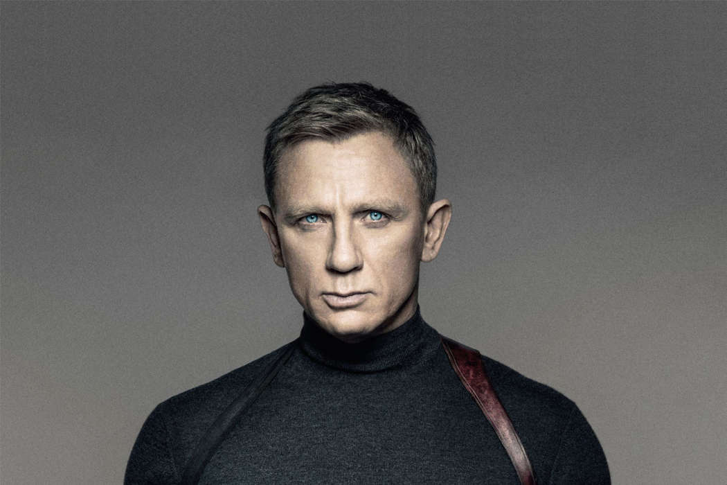 daniel-craig-celebrates-james-bond-departure-by-getting-drunk