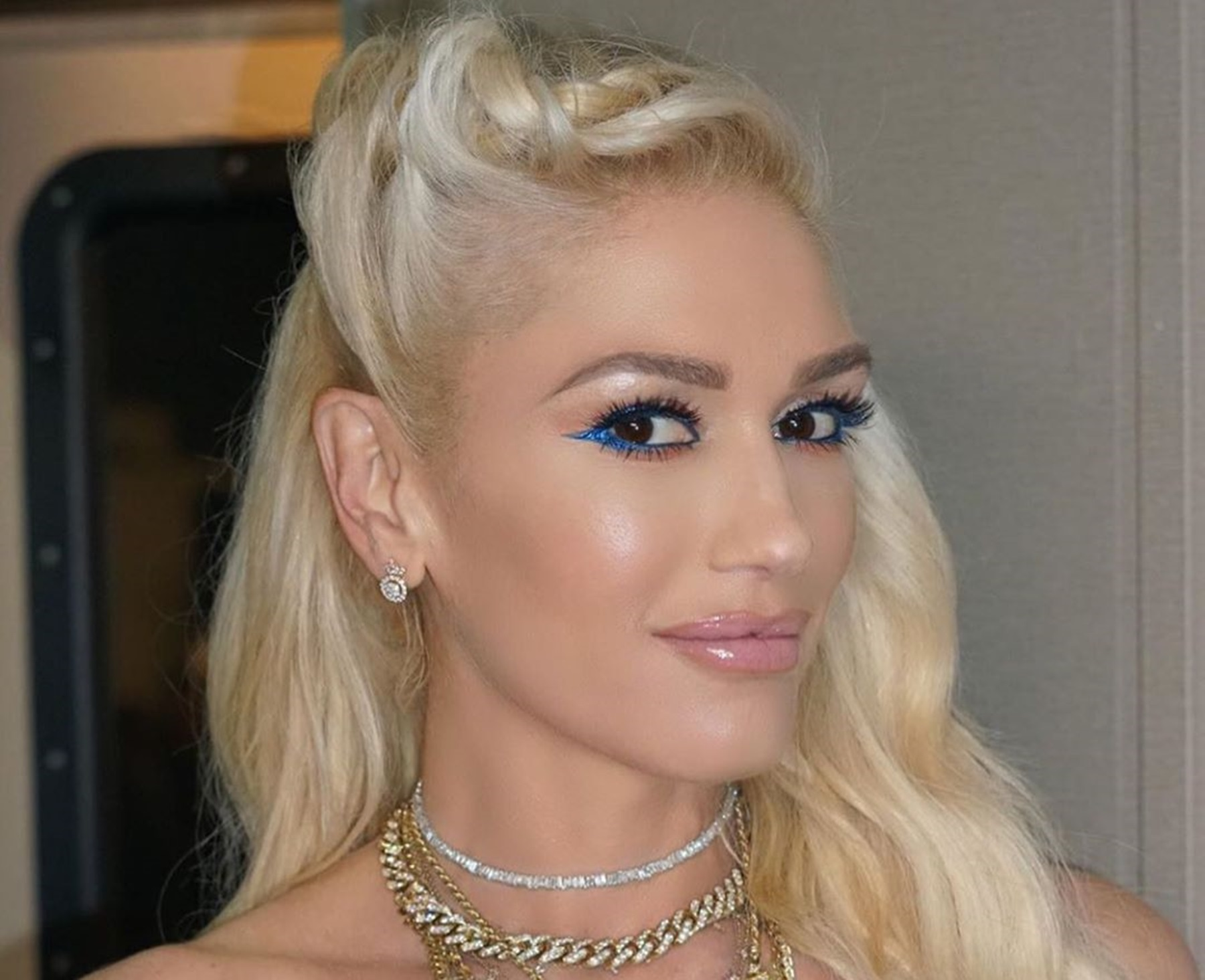"""""""gwen-stefani-blows-up-social-media-ahead-of-her-50th-birthday-in-mini-dress-video-proves-blake-shelton-is-very-lucky"""""""