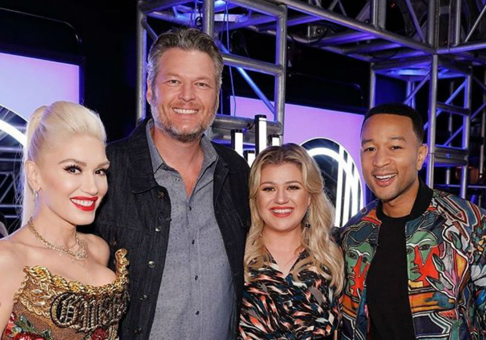 Gwen Stefani Blocks Blake Shelton From A Contestant On The Voice During Season 17 Premiere