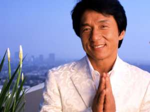 Jackie Chan Jokes That He Pretended To Be Hurt On Enter The Dragon Just So Bruce Lee Would 'Hold' Him