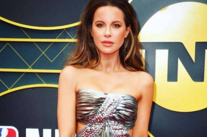 Kate Beckinsale Sings The Rocky Horror Picture Show's Sweet Transvestite — Watch The Video