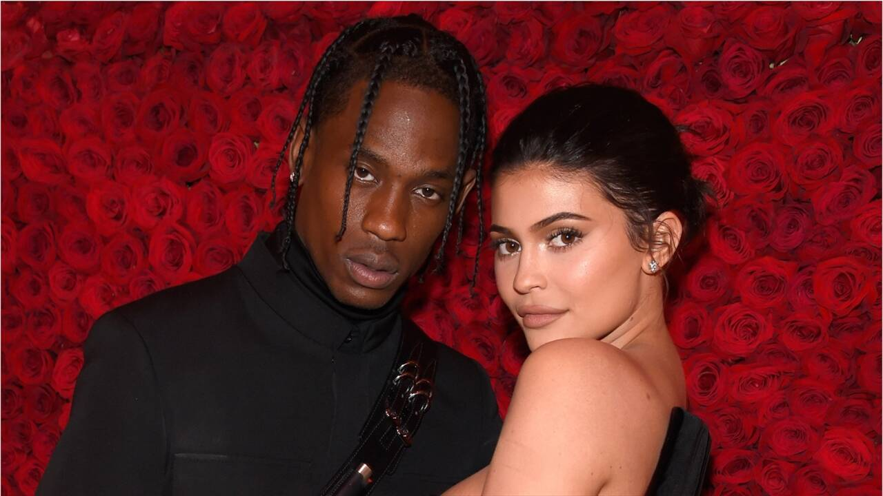 """kuwk-kylie-jenner-and-travis-scott-inside-the-state-of-their-relationship-after-picture-of-the-rapper-dissapears"""