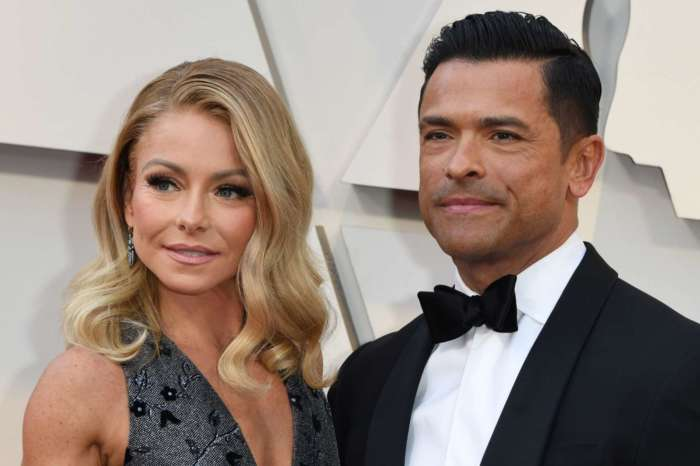 Kelly Ripa Posts Sweet Picture Of Her 'Triplets' AKA Husband Mark Consuelos And Their Sons!