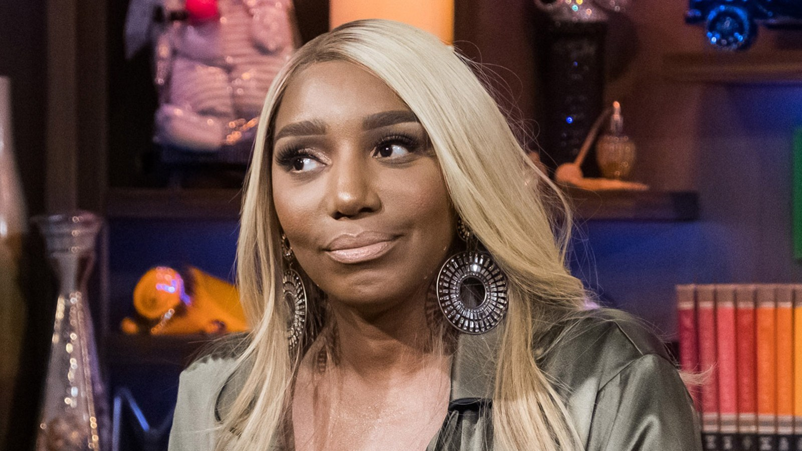 NeNe Leakes Has An Announcement For Fans - People Freak Out Due To The Lack Of Her Wedding Ring