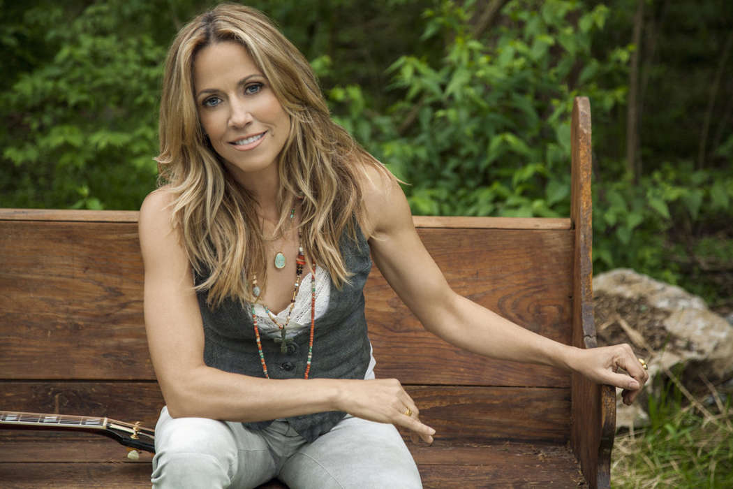 Sheryl Crow Clarifies Her Comment About Taylor Swift's Masters