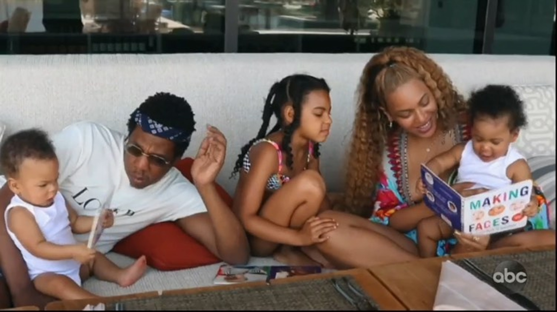 """""""beyonce-finally-shares-never-before-seen-photos-and-videos-of-all-of-her-three-children-with-jay-z-fans-are-confused-because-blue-ivy-and-baby-sister-rumi-carter-are-identical"""""""
