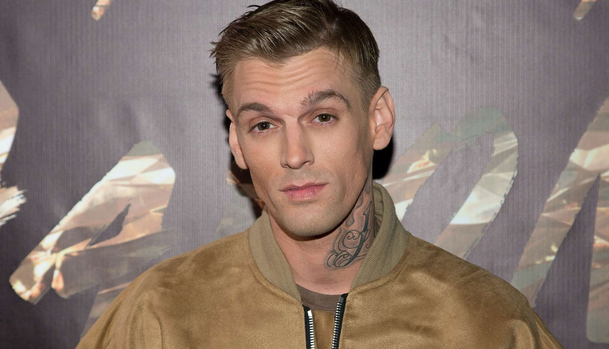 Aaron Carter Reveals His Diagnosis & What Pills He's Been Prescribed