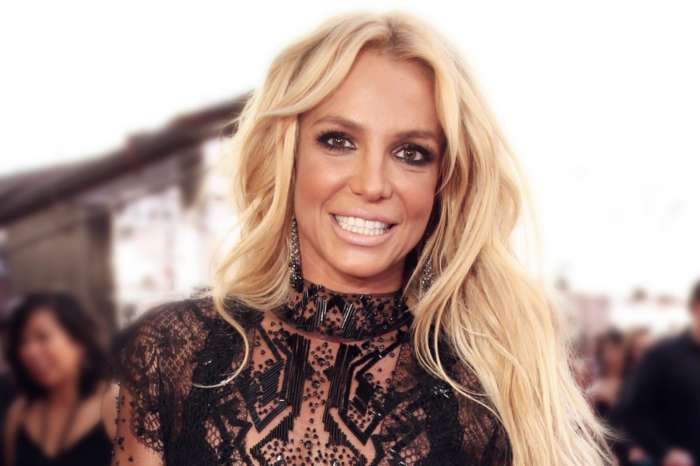 Britney Spears - Here's Why The Singer Dyed Her Blonde Locks Brown!