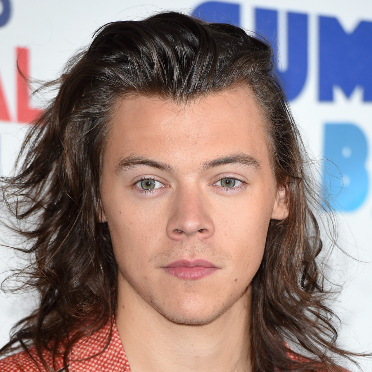 Harry Styles Chops Off His Long Hair And People Are Freaking Out Check Out The Mixed Reactions Celebrity Insider