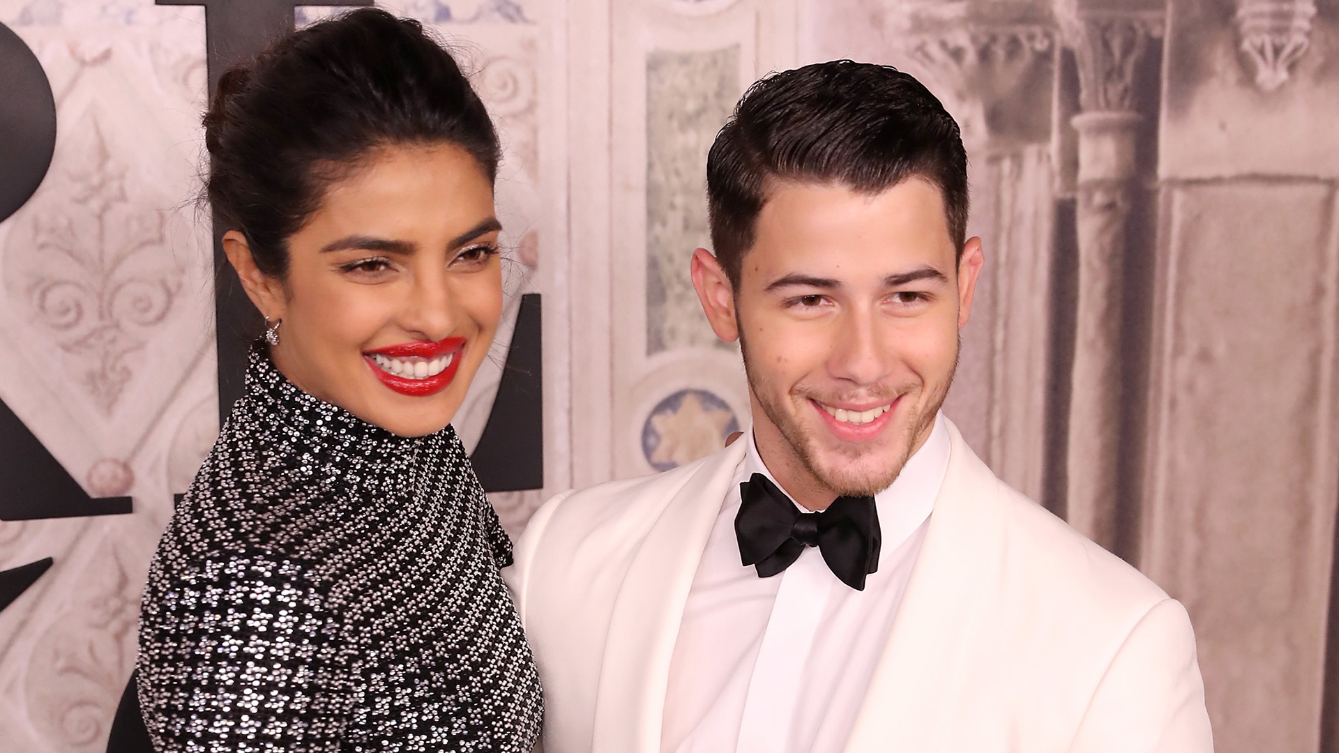 Nick Jonas Defends Priyanka Chopra After Trolls Mock Her For Not