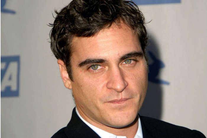 Joaquin Phoenix Makes Surprise Appearence At LA Theater During Joker Screening