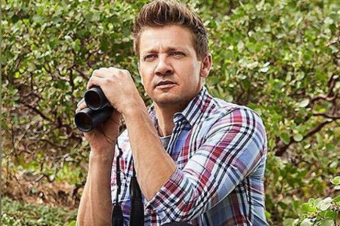 Avengers: Endgame Star Jeremy Renner's Friends Accuse Him Of Abusing Drugs And Threatening Suicide