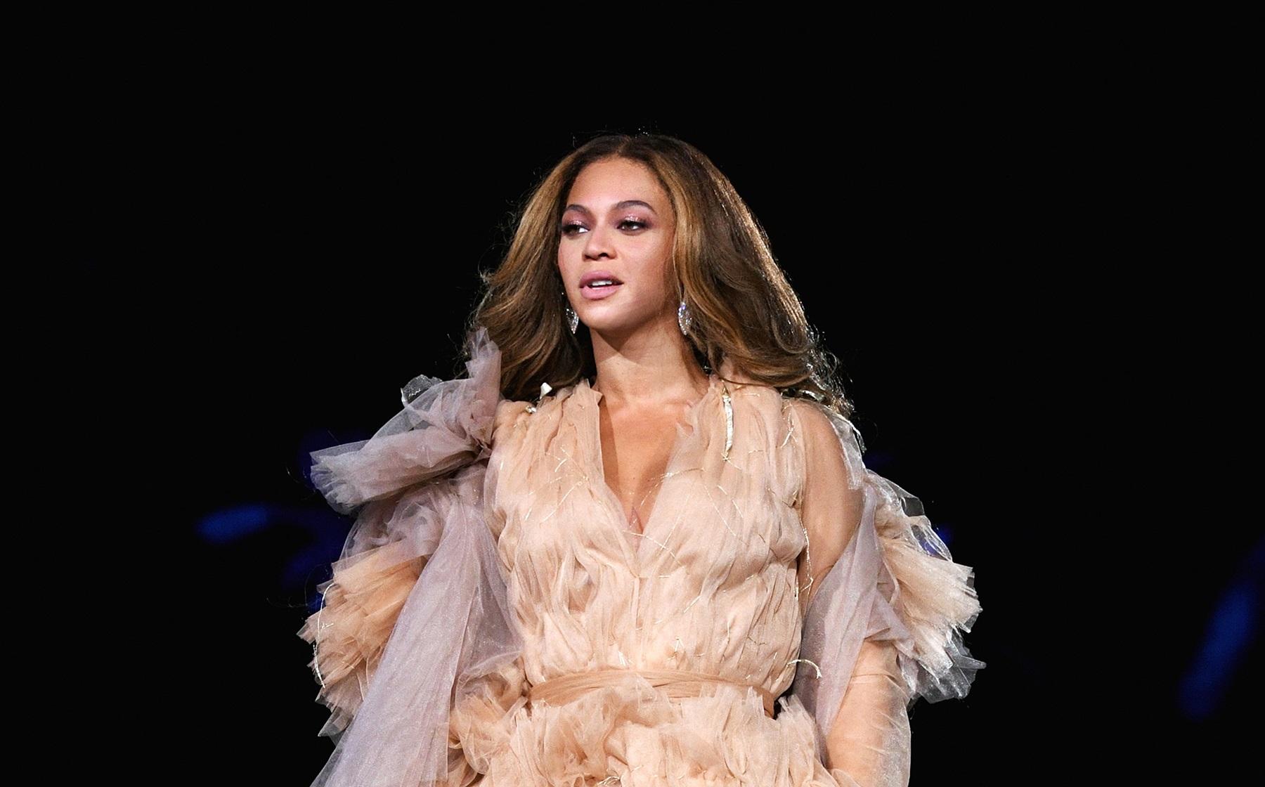 Beyonce Jenna Dewan Walk Comment