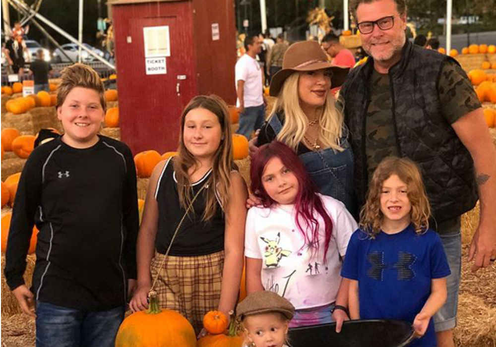 """dean-mcdermott-admits-its-difficult-staying-faithful-to-tori-spelling"""