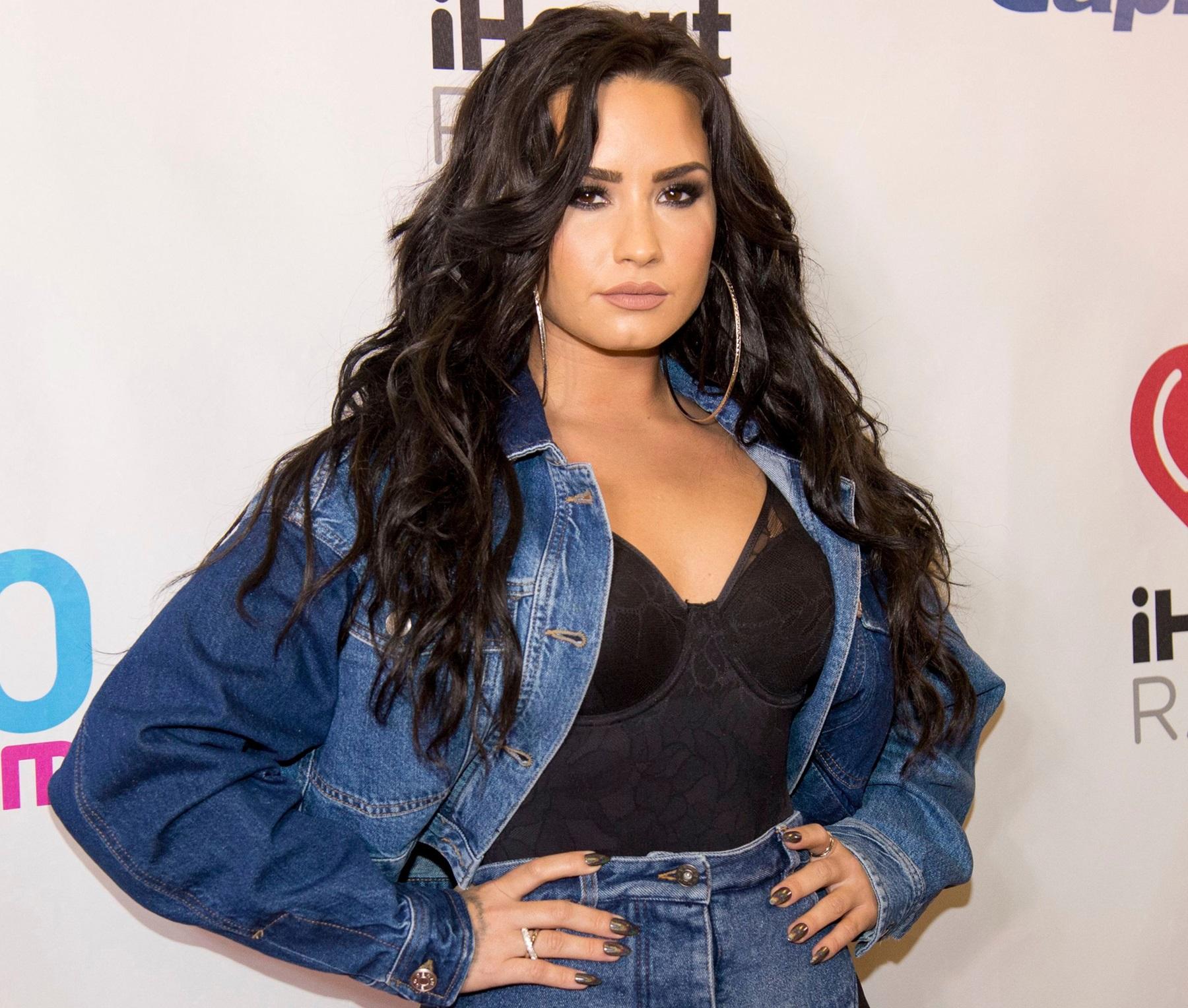 Demi Lovato Unedited Bikini Photo Israel