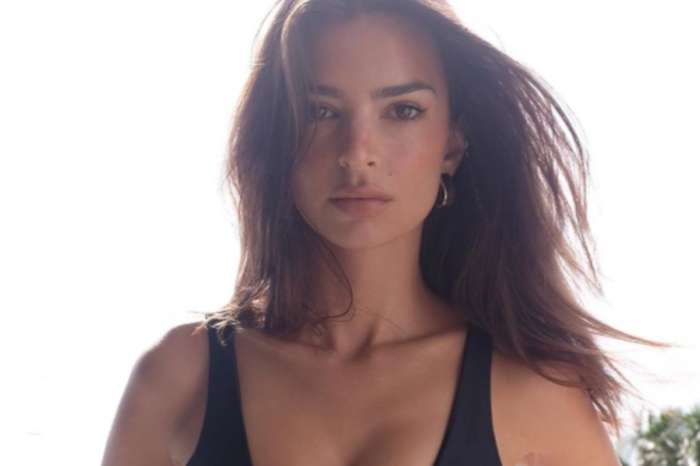 Emily Ratajkowski Shows Off Her Unbelievable Curves In New Video That's Going Viral