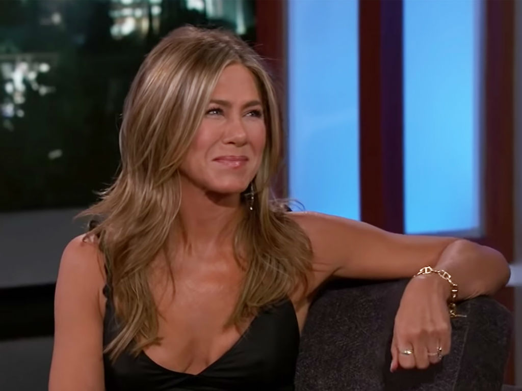 """""""jennifer-aniston-teases-friends-reunion-is-she-serious-or-messing-with-fans"""""""