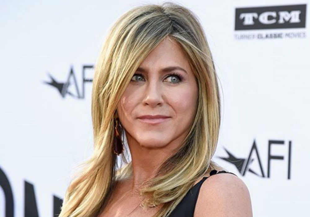 Jennifer Aniston Reveals She Turned Down An SNL Audition Before Filming Friends Pilot