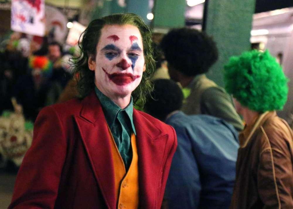 """screenings-of-joker-film-canceled-in-la-following-reports-of-credible-threat"""
