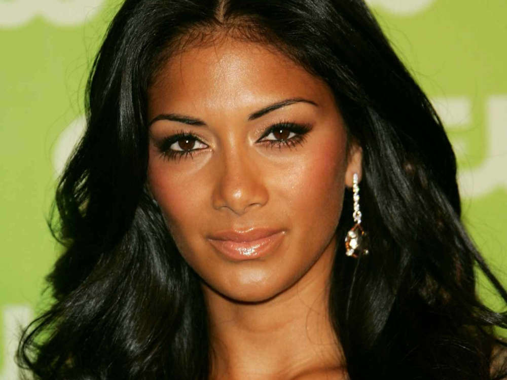 """nicole-scherzinger-takes-to-instagram-to-ask-fans-for-help-following-death-of-her-cousin"""