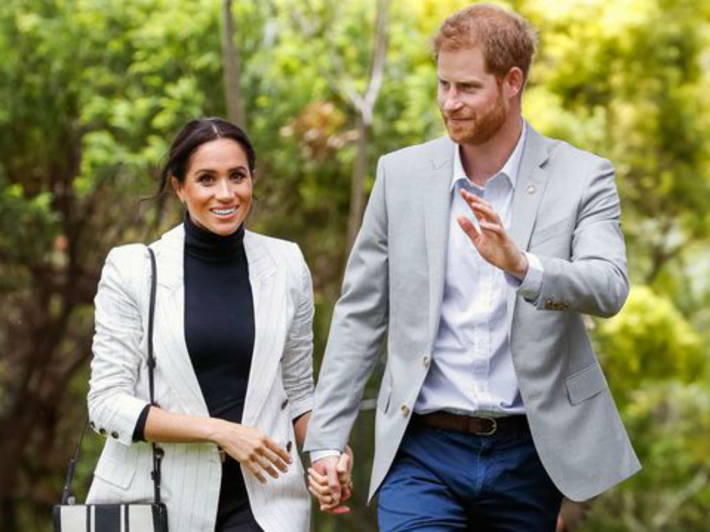 """prince-harry-and-meghan-markle-reportedly-bringing-baby-archie-to-u-s-during-family-time-off"""